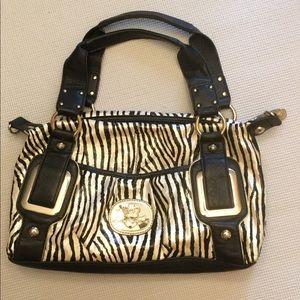 Kathy Van Zeeland  Animal print shoulder bag